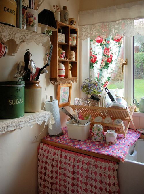 Oh, let me win the lottery so I can have this little kitchen in my British Isles cottage.