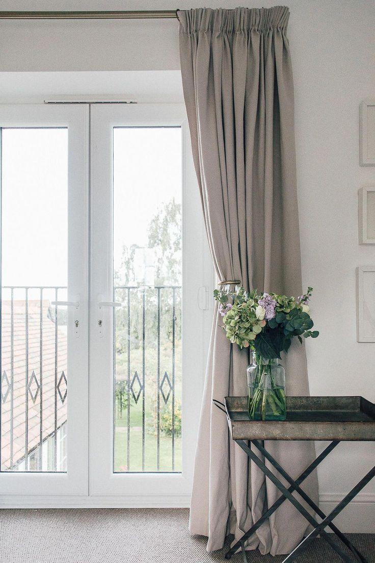 фото французских окон с гардинами на кухне хочу