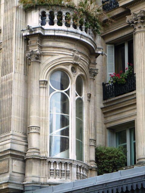 Paris Beaux Arts façade