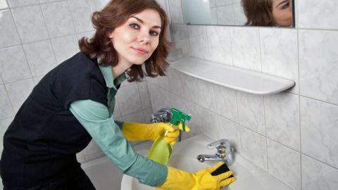 Dobré rady pre domácnosť: Kúpeľňu dáte do poriadku aj bez toho, aby ste kupovali čistiace prostriedky