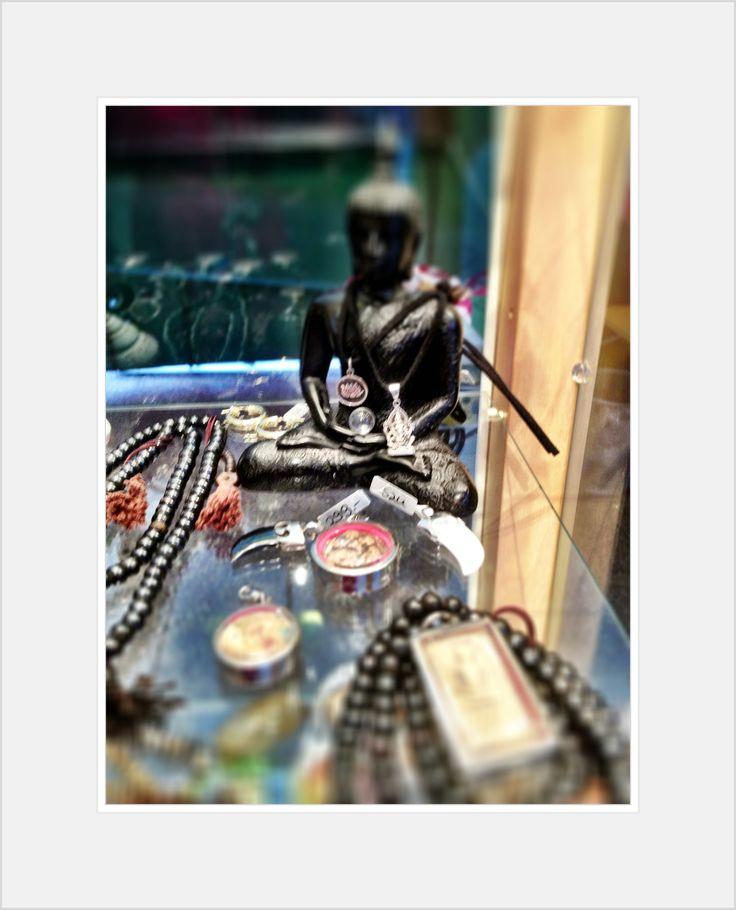 Buddha Love  new webshop: http://soultoyou.tictail.com/