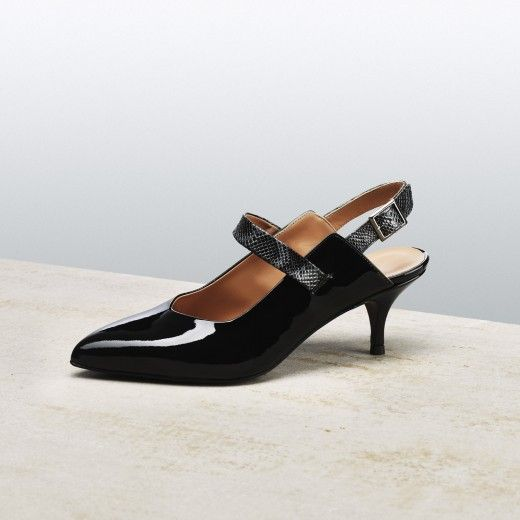 BLACK TIPTOE SLING BACK #altiebassi #musttohave #fallwinter1516 #sophisticated #italianshoes #woman #chanel #slingback