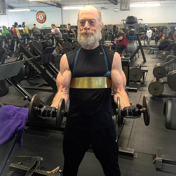 Justice League : J.K. Simmons (James Gordon) se muscle et devient Tortue Géniale