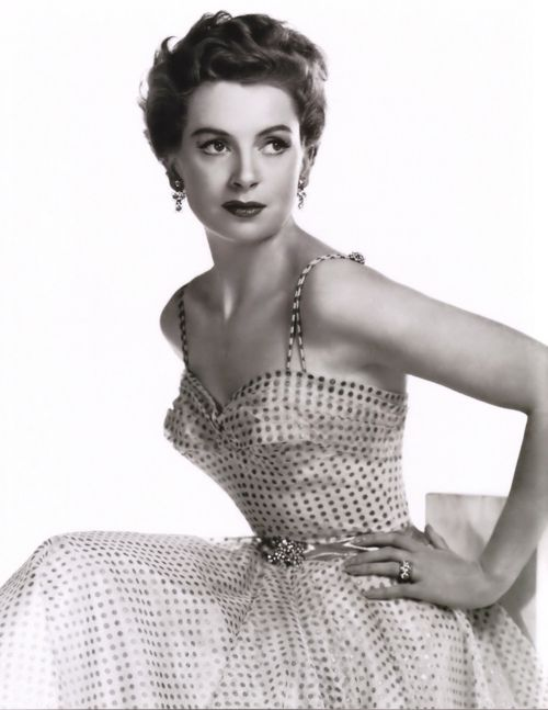 Deborah Kerr, her husband Peter Viertel and her biographer Eric Braun all died within the space of five weeks in the fall of 2007. All were aged 86.