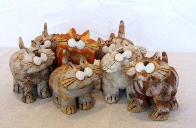JJ Vincent ceramic cats