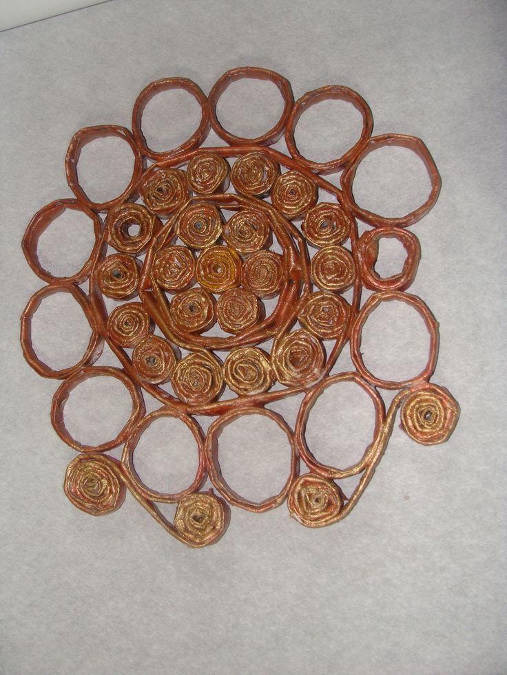 Mandala de papel tinta marron latex marron metalica parafinada