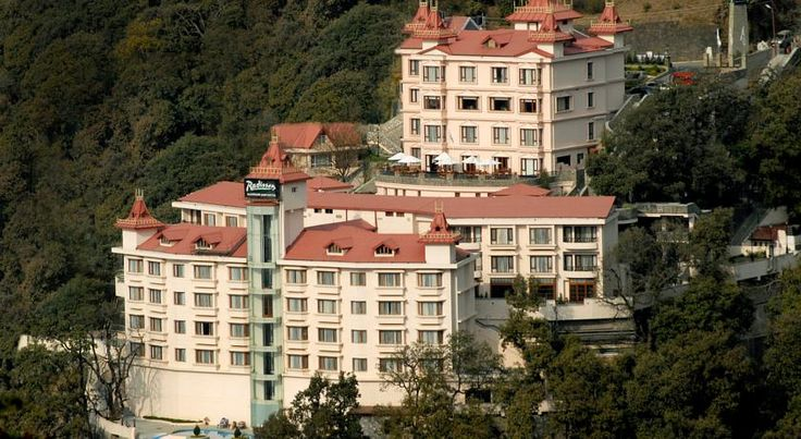 Situated in the #Himalaya Mountains, the Radisson Hotel Shimla offers scenic vistas that offers #beststay in the city. We can enjoy a soothing treatment in on-site spa or swim in the multi-tiered pool. The serene and tranquil #atmosphere in conjunction with the gratifying #hospitality is sure to linger in the hearts of the #guests. #hotel #weekendgateway #shimlahotels