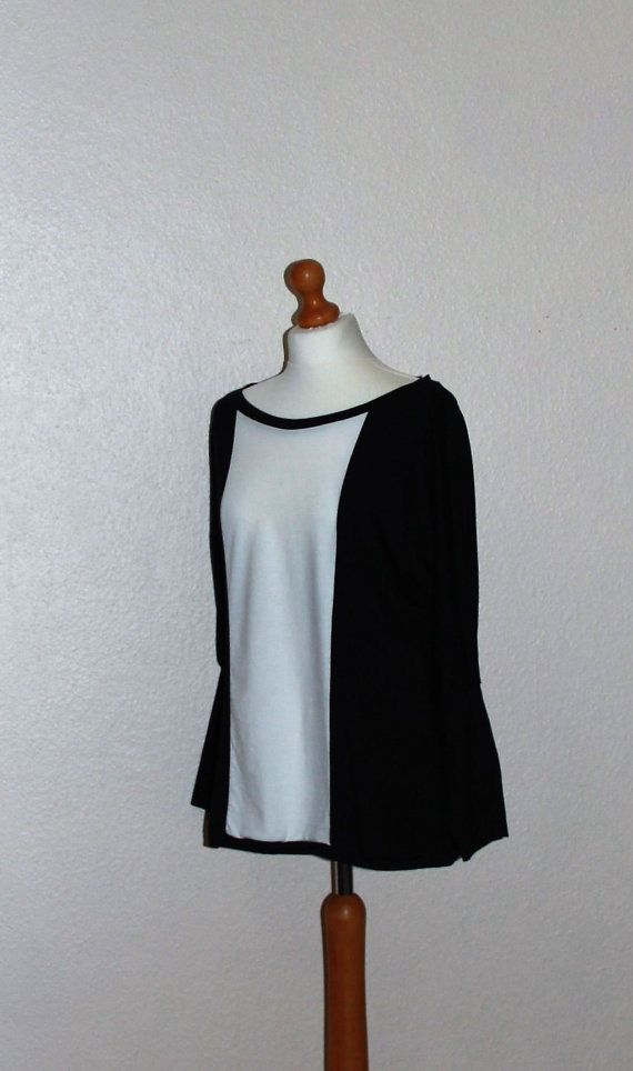 Black and white organic cotton bamboo jersey top/ by SisBoutiqueL