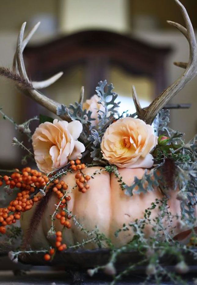 12 ways to use flowers in your halloween decor - Pretty Halloween Decorations