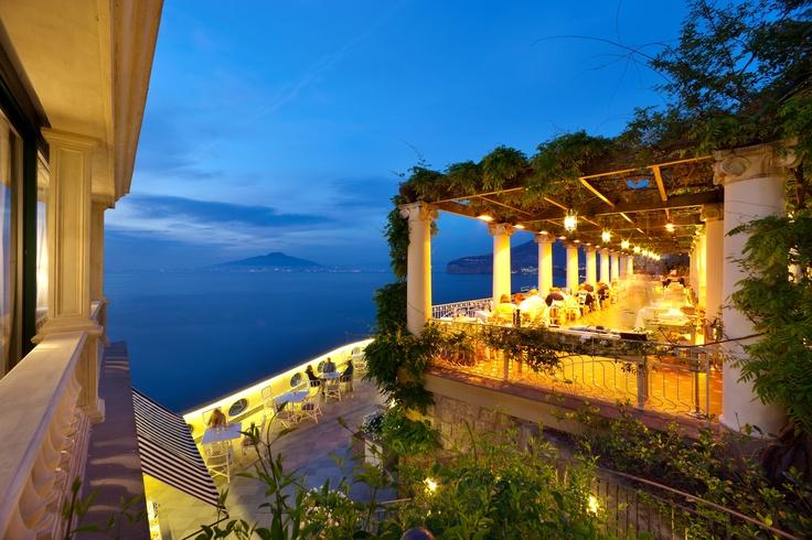 Design Hotels In Italia : A night in sorrento at quot la pergola restaurant the