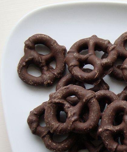 Gluten Free Remix | Simple Gluten Free Recipes with Extradoridnary Flavor: Chocolate Covered Gluten Free Pretzels