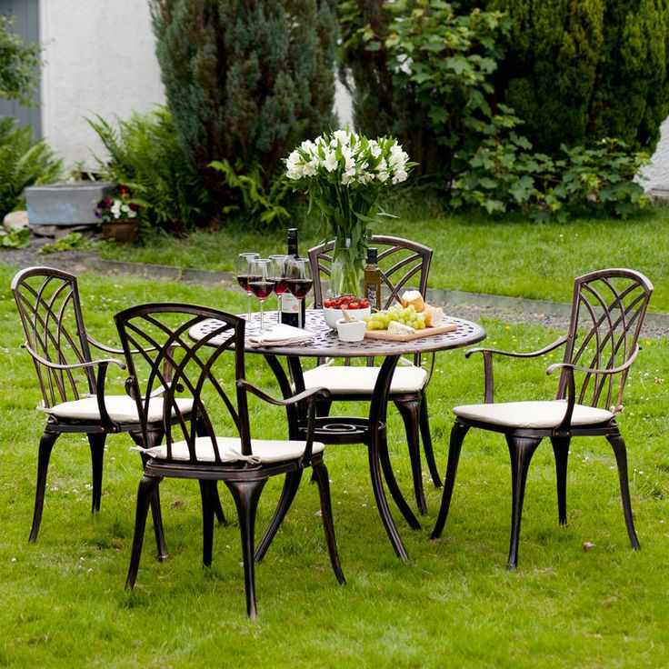 Metal Garden Furniture Set 5 Piece Patio Cast Aluminium Round Table 4 Chairs. 25  beste idee n over Cast Aluminium Garden Furniture op Pinterest