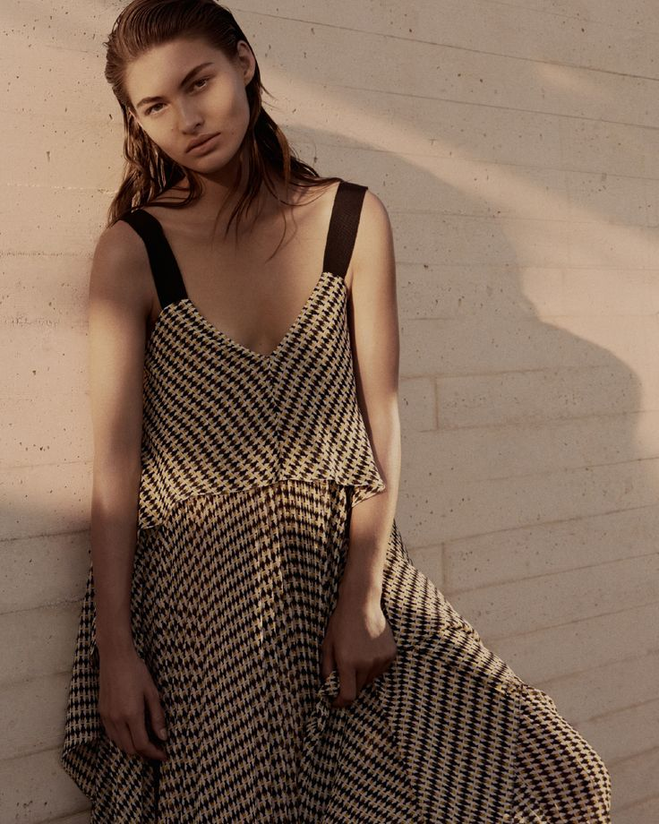 Dress it down: elegance gets a softer edge in a #SummerOfEase