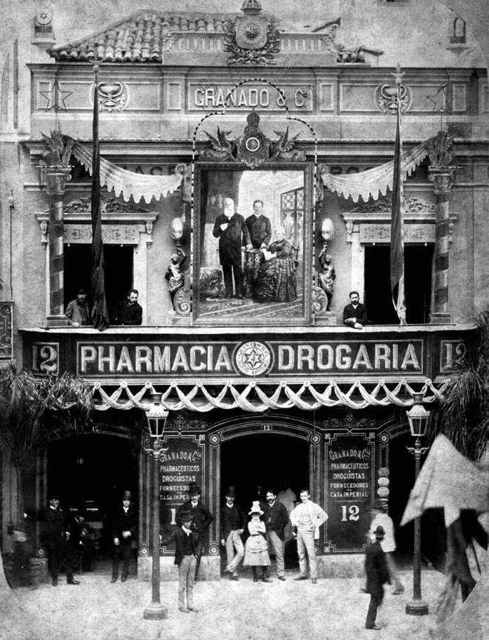 Foto de Marc Ferrez da Pharmácia Granado, 1888 ( Na atual Rua 1° de Março)
