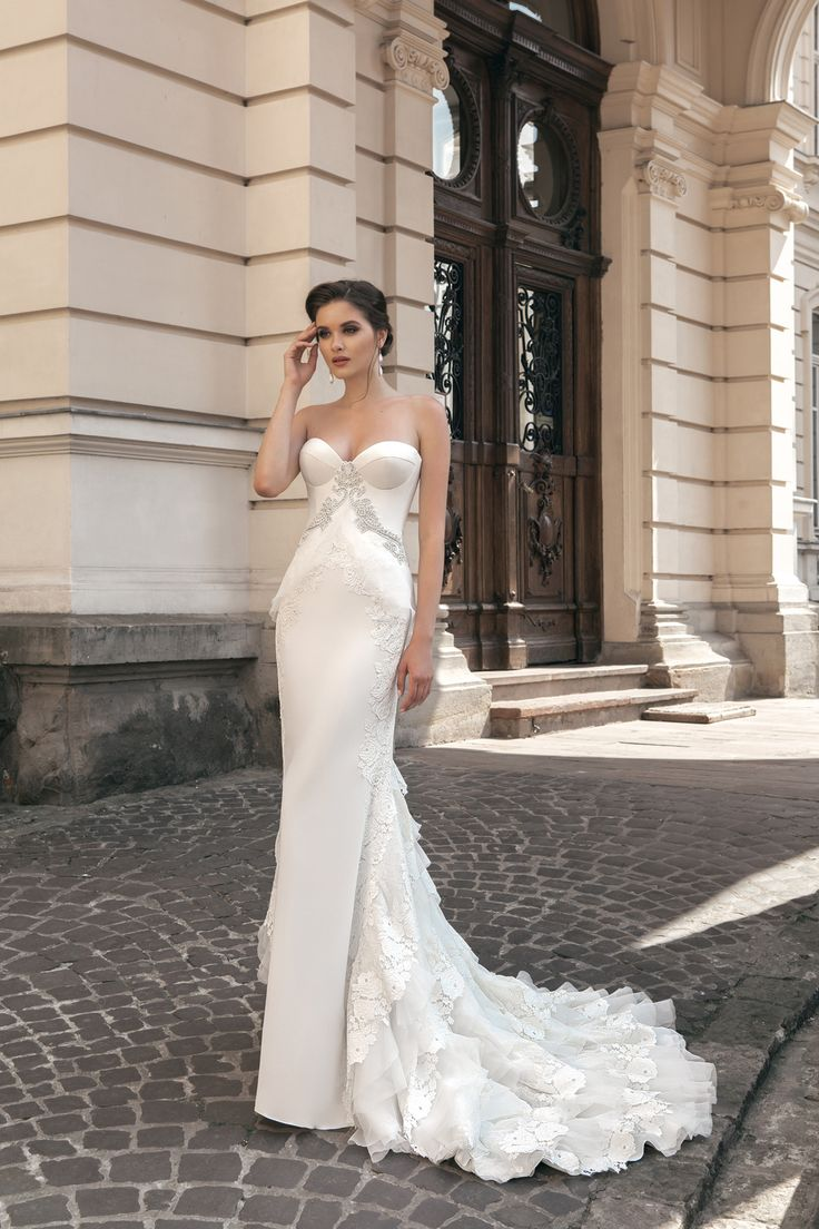 deLux Collection Weddding Dress Maxima Bridal  70.16