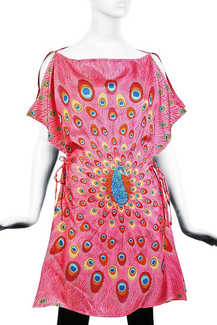 #Poncho Pavo Real Rosa. #Diseño #Estilo #México #PinedaCovalin