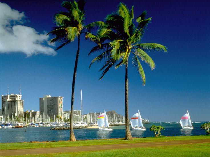 Waikiki Beach, Honolulu, HawaiiHawaii Beach, Waikiki Beach, Parks, Hawaii Vacations, Desktop Backgrounds, Honolulu Hawaii, Places, Desktop Wallpapers, Hawaiian Islands