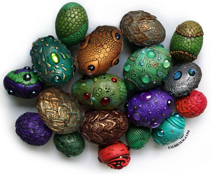 http://www.faeriemag.com/collections/dragons - I would love to make some of these. dragon easter eggs