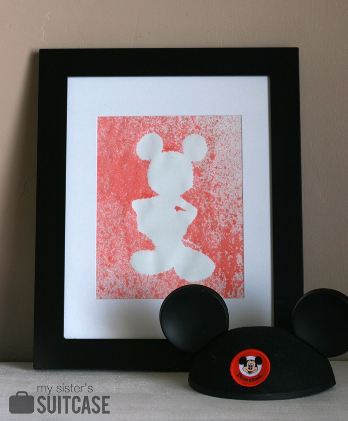 Spray bottle silhouette art- great idea for crafting with kids!
