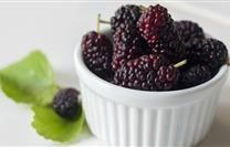 Black Mulberry: What is It? How Do I Cook It?