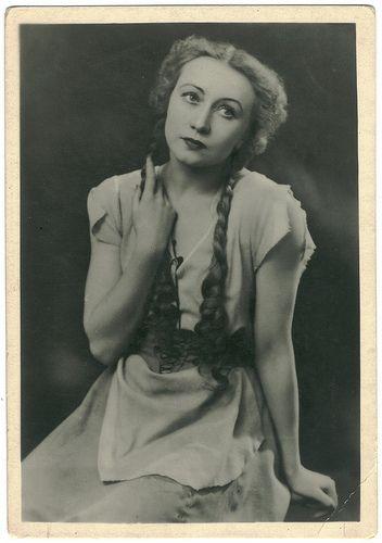 G. S. Ulanova in 'Cinderella'_Gatob; 66. Photo M. M. Gershmana & E. Z. Lesova