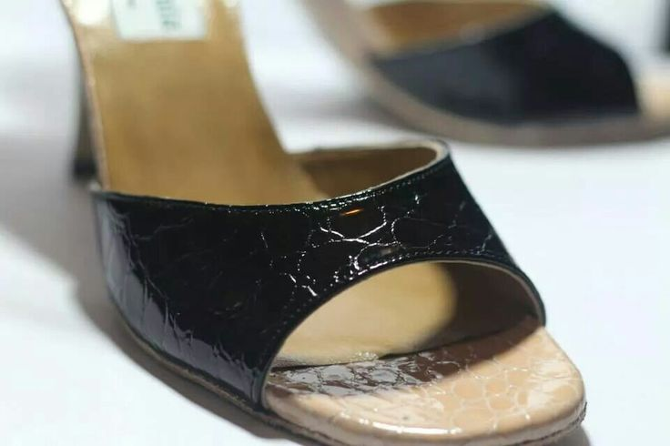 YD Tango Shoes for women. Nobby model.