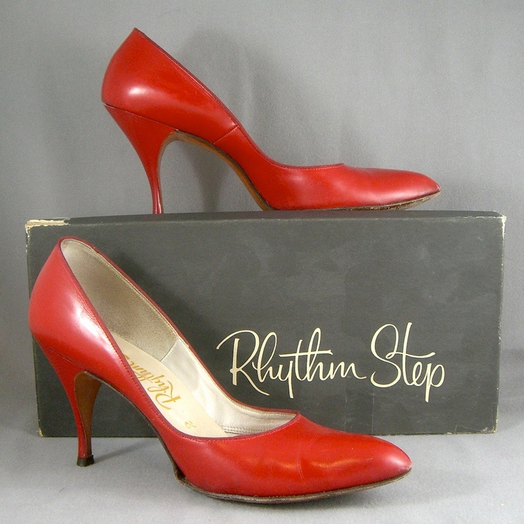 1950s red calf leather stiletto heel shoes by Rhythm Step - with box - US 9N