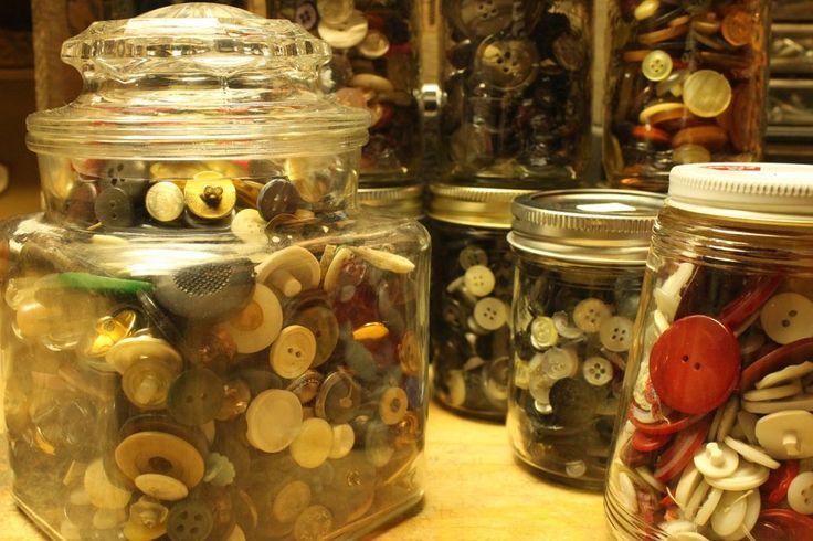 http://www.fundraisingideas.io/how-many-in-that-jar-fundraiser/