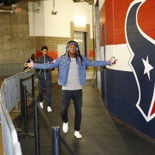 DeAndre Hopkins Wears Diesel Denim Jacket Before Game   UpscaleHype