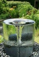Beautiful water fountains ideas for your front yard 14