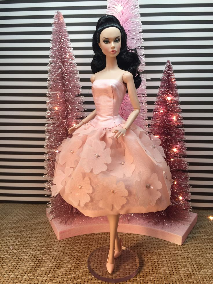 A Swellegant Holiday bellissimacouturefashions Barbie