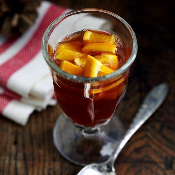 Varm appelsin-æblepunch