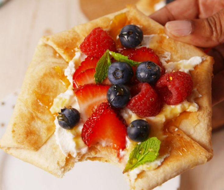 Learn how to make the Summer Berry Tortilla Tart: https://www.benefitsofblueberry.com/recipes/berry-tortilla-tart/