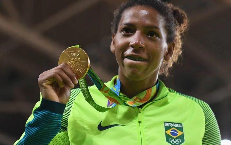 Rafaela Silva was the first gold in women's judo for Brazil. #allthentic
