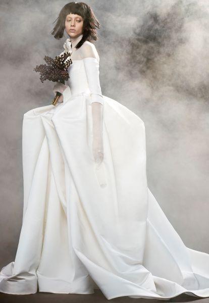 Robes de mariée Vera Wang 2018 : une collection atypique et totalement différente Image: 15