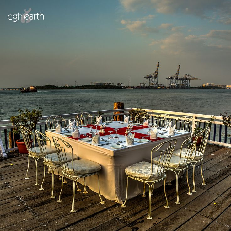Dine like never before with an out-of-this-world view of the Arabian Sea. Christmas carols, exotic seafood and an unforgettable experience await you at Brunton Boatyard in Fort Kochi.