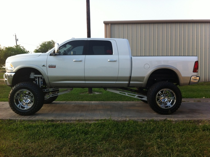 Lifted Dodge. Oh My