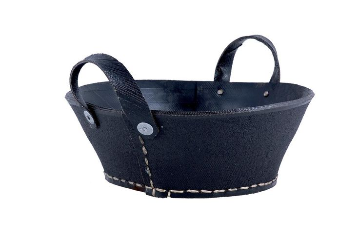 Dacarr small rubber basket