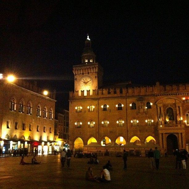 Bologna by night tonight - Instagram by @thinkingnomads
