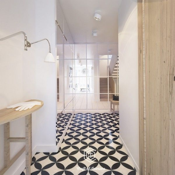 For more patterned floors, we need to look no further than the entryway to the fourth house on the list, which is in Warsaw.