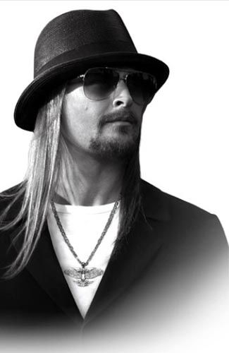 """Kid Rock wishes everyone a """"Happy New Year"""""""