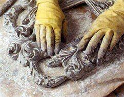 Старое серебро - имитация начали применять технику имитации различных предметов под драгоценные металлы. Можно без особого труда декорировать различные изделия с помощью красок под серебро. До сих пор археологи находят предметы из гипса,смолы или древесины, ими..