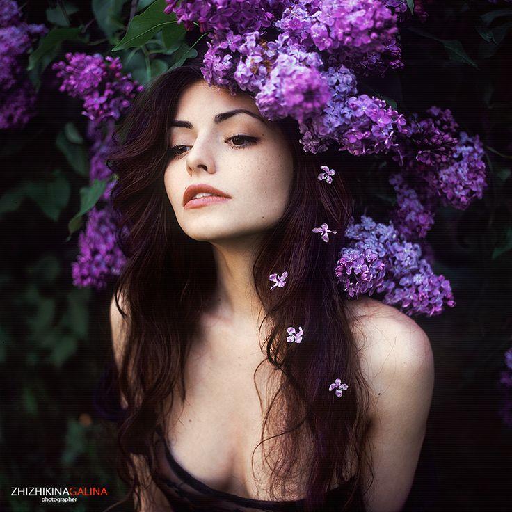 Fotograf portrait with lilac von Galina Zhizhikina auf 500px