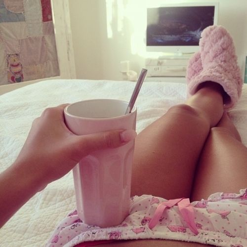 GIRL, LOVE, PERFECT, BED, DREAMY, LIFE, CUP, TUMBLR, WHITE, CLOTHES, DREAM, DRINK, PHOT, GIRLY, WEHEARTIT, HEART, LIKE, PICTURE, NAILS, ROSY, TAN, TV, PINK