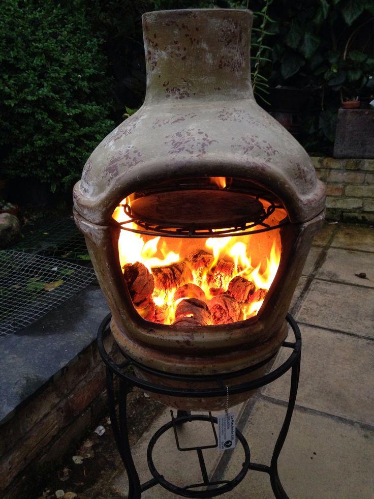 Heartwarming #hotlogs in a clay pizza chimenea...
