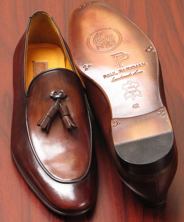 Paul Parkman Men's Tassel Loafer Brown Hand Painted Website: www.paulparkman.com #paulparkman #paulparkmanshoes #tasselloafers #goodyearwelted #mensloafers #mensdesignershoes #handmade #bespoke #luxury #shoemaker #handcrafted #shoesformen #mensshoes #handmadeshoes #handcraftedshoes #patinashoes #bespokeshoes #customshoes #luxuryshoes #luxuryshoemaker #bespokeshoemaker #mensluxuryshoes #luxurymenswear