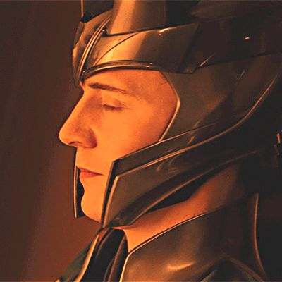Naughty!  Friday is 'Loki's Day'   #LokiDay. Gif-set: http://maryxglz.tumblr.com/post/152108462602/naughty-friday-is-lokis-day