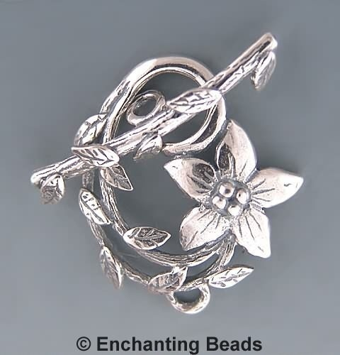 this toggle clasp would be great for feminine and woodlands theme jewellery