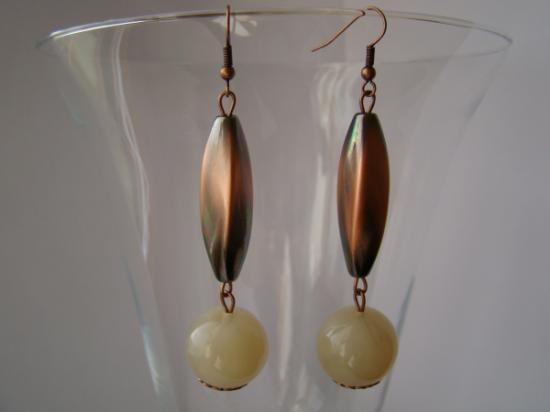 resina color avorio e bronzo