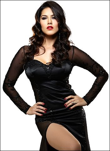 Sunny's Jackpot is not just her Jism! - http://www.bolegaindia.com/gossips/Sunnys_Jackpot_is_not_just_her_Jism-gid-37236-gc-6.html